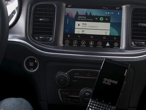 The KEYone coupled with Android Auto can help you stay safe on the road!