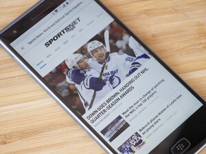 Canadian content providers Sportsnet, Maclean's and FLARE launching on BBM