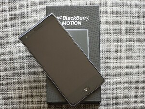 Win a BlackBerry Motion from BlackBerry Mobile and Gentlemen's Choice!