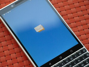 CrackBerry Poll: Is it time for BlackBerry to refresh their Android apps?