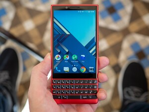 BlackBerry KEY2 Red Edition Hands-On!