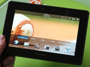 Bell & SaskTel drop BlackBerry PlayBook 16GB to $299