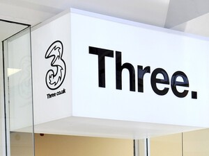 EU blocks Three bid to takeover O2