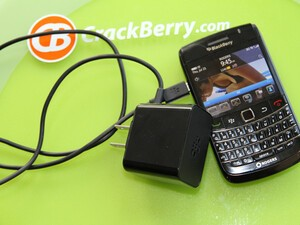CrackBerry Tip: Use the BlackBerry PlayBook Travel Charger to charge your BlackBerry Smartphone TWICE as FAST!