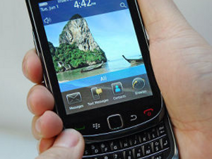 Possible Name Change: Bold 9800 (slider) may instead launch as the BlackBerry Torch 9800; Should RIM add a new product family?