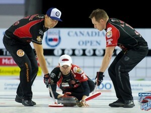 CrackBerry Curling: Vote Team McEwen for the All-Star Curling Skins Game!