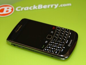 Contest: Win CrackBerry Kevins BlackBerry Bold 9700!