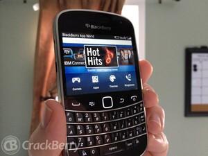 WIND Mobile introduces carrier billing for BlackBerry World