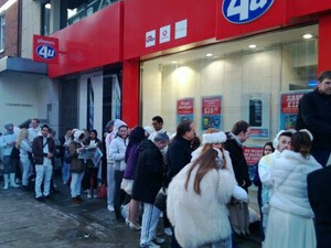BlackBerry fans in the UK are lining up for the BlackBerry Z10