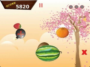 Slice and dice your way to victory with Ninja Fruit Bash for BlackBerry