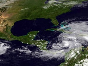Hurricane Sandy is heading for the East Coast - Here's how to prepare
