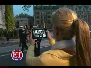 Entertainment Tonight's Nancy O'Dell follows the Royal Wedding on her BlackBerry PlayBook