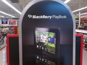 Staples sends out email update to BlackBerry PlayBook pre-order customers