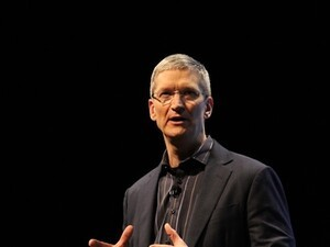 Apple CEO Tim Cook acknowledges BlackBerry data efficiency and admits carriers actually care about it