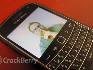 How to take pictures on your BlackBerry without the shutter sound - SilentCam