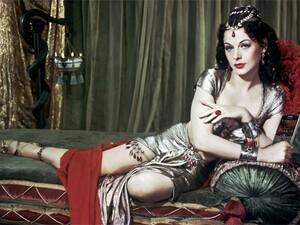 Hedy Lamarr - Brains & Beauty