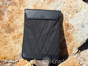 Dicota TabCover: a stylish sleeve for your BlackBerry PlayBook with a screen cleaning interior