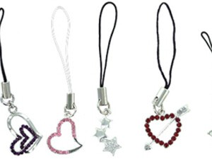 Charming Charms for Your BlackBerry Pearl!