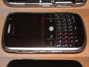 BlackBerry 9000 Pics Leaked?