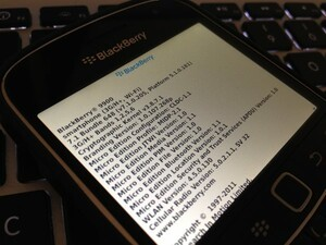 T-Mobile now rolling out OS 7.1.0.205 to the BlackBerry Bold 9900