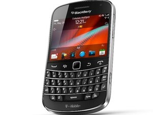 BlackBerry Bold 9900 coming to T-Mobile later this year!