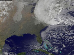 AT&T and T-Mobile to share networks in efforts to aid those affected by hurricane Sandy
