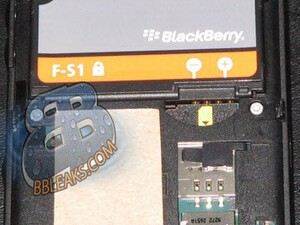 More BlackBerry Slider Pics Show Up Online