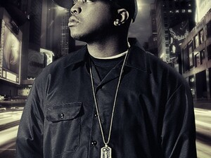 Styles P writes his debut novel 'Invincible' on his BlackBerry