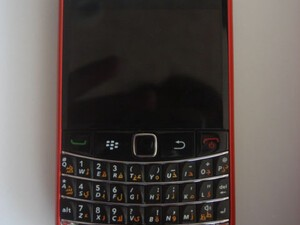 If the Porsche Designed P'9981 isn't for you, how about a Ferrari BlackBerry Bold 9700?