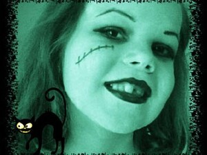 Make your pictures spooktacular with Halloween Photo Editor for BlackBerry