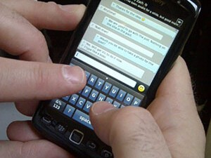 CrackBerry Poll: How do you type on your BlackBerry?