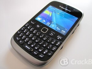Malaysia and Thailand introduce the BlackBerry Curve 9320 and Curve 9220