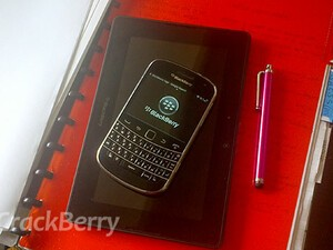 RIM launches BlackBerry apps lab in the University of Pretoria
