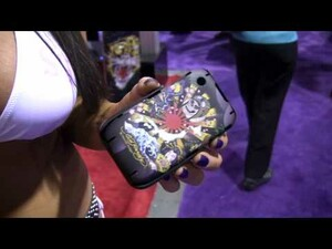 CES 2010: Ed Hardy Displays New Cases for the BlackBerry Bold 9700 and Curve 8520/8530 (Warning: HOTTT Video!)