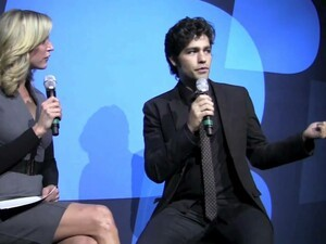 BlackBerry Pros at CES 2011: Lara Spencer interviews Adrian Grenier (aka Vincent Chase of Entourage)