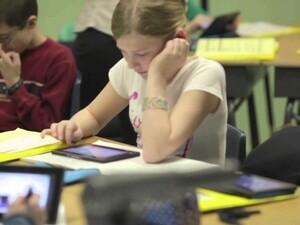 Park Manor School pilots BlackBerry PlayBook program in classrooms