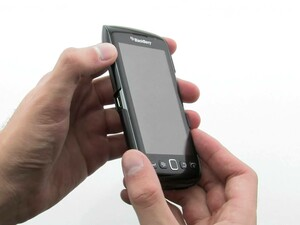 Deal of the Day: Save 72% on the BlackBerry Hard Shell Case for Torch 9850 and 9860