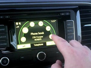 BlackBerry Z10 in-car Bluetooth integration with Voice Control