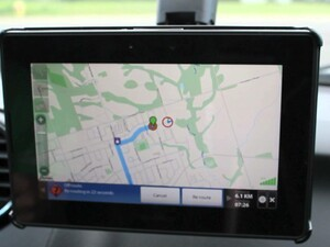 Navigate from point A to point B with Magellan Compass for the BlackBerry PlayBook