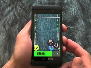 Time to get your swyping skills up to scratch with Pin Fall for BlackBerry 10