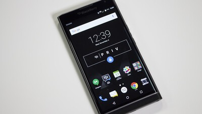 Rogers drops BlackBerry Priv price to $299 on contract