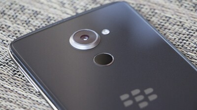 BlackBerry and TCL sign smartphone software and brand licensing deal