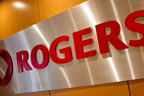 Rogers' acquisition of Mobilicity and Shaw AWS spectrum gains regulatory approval