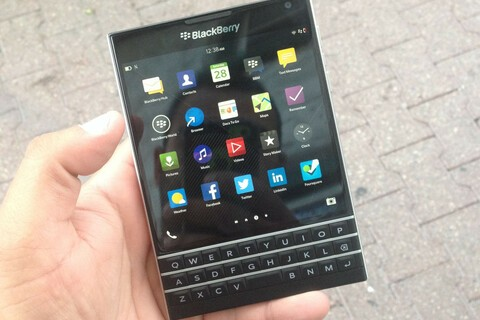 Exclusive: Pre-release review of the BlackBerry Passport!