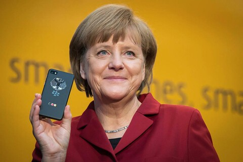 Germany wants more of its officials using encrypted BlackBerry 10 smartphones
