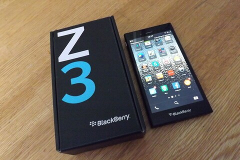 BlackBerry officially launches the BlackBerry Z3 in Singapore