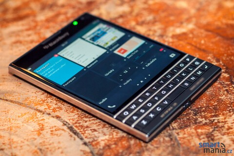 Still not sold on the BlackBerry Passport? Maybe these photos will help!