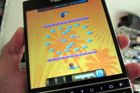 Multi Breaker - Brick Breaker style game against an opponent
