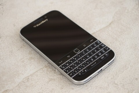 T-Mobile now rolling out BlackBerry 10 update with WiFi Calling to the BlackBerry Classic
