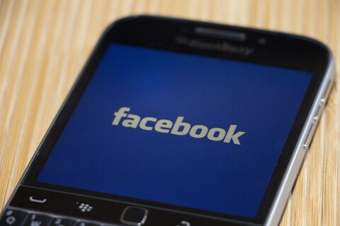 Facebook balances content from Friends and Pages in latest News Feed changes